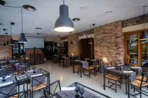 Salón industrial hotel rio Piedra